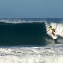 costa-rica-surf-girl-2